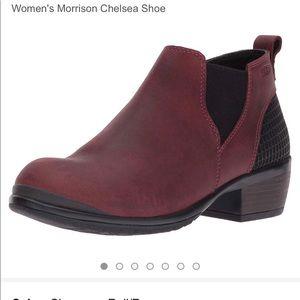 Keen Woman's Morrison Chelsea shoe size 5.5